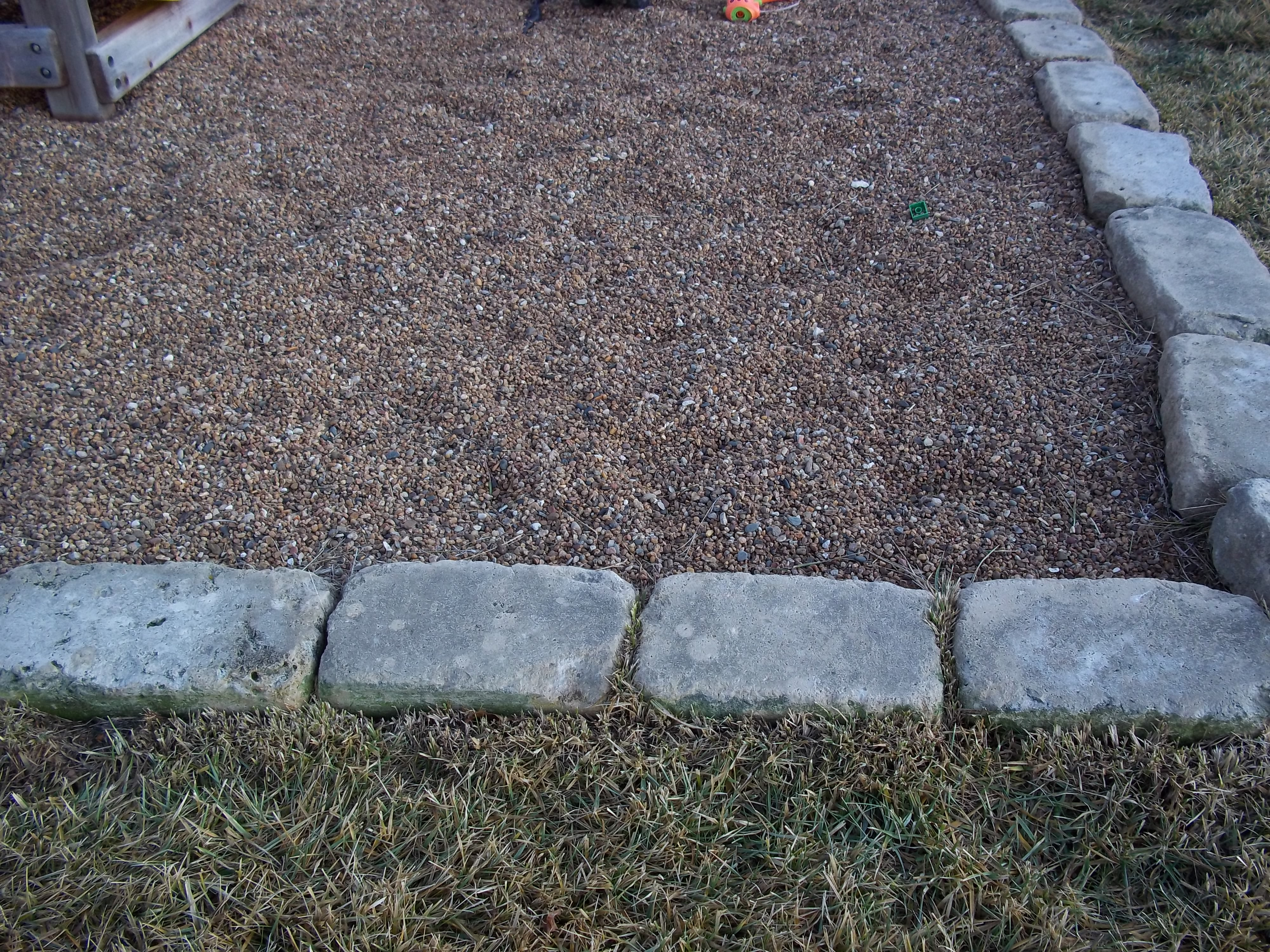 Red Pea Gravel : Riverview stone llc
